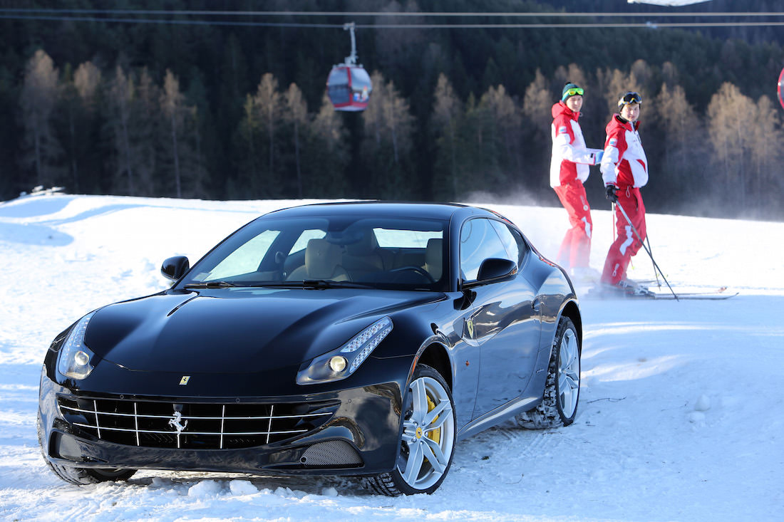 ferrari-ff-snow-test-4