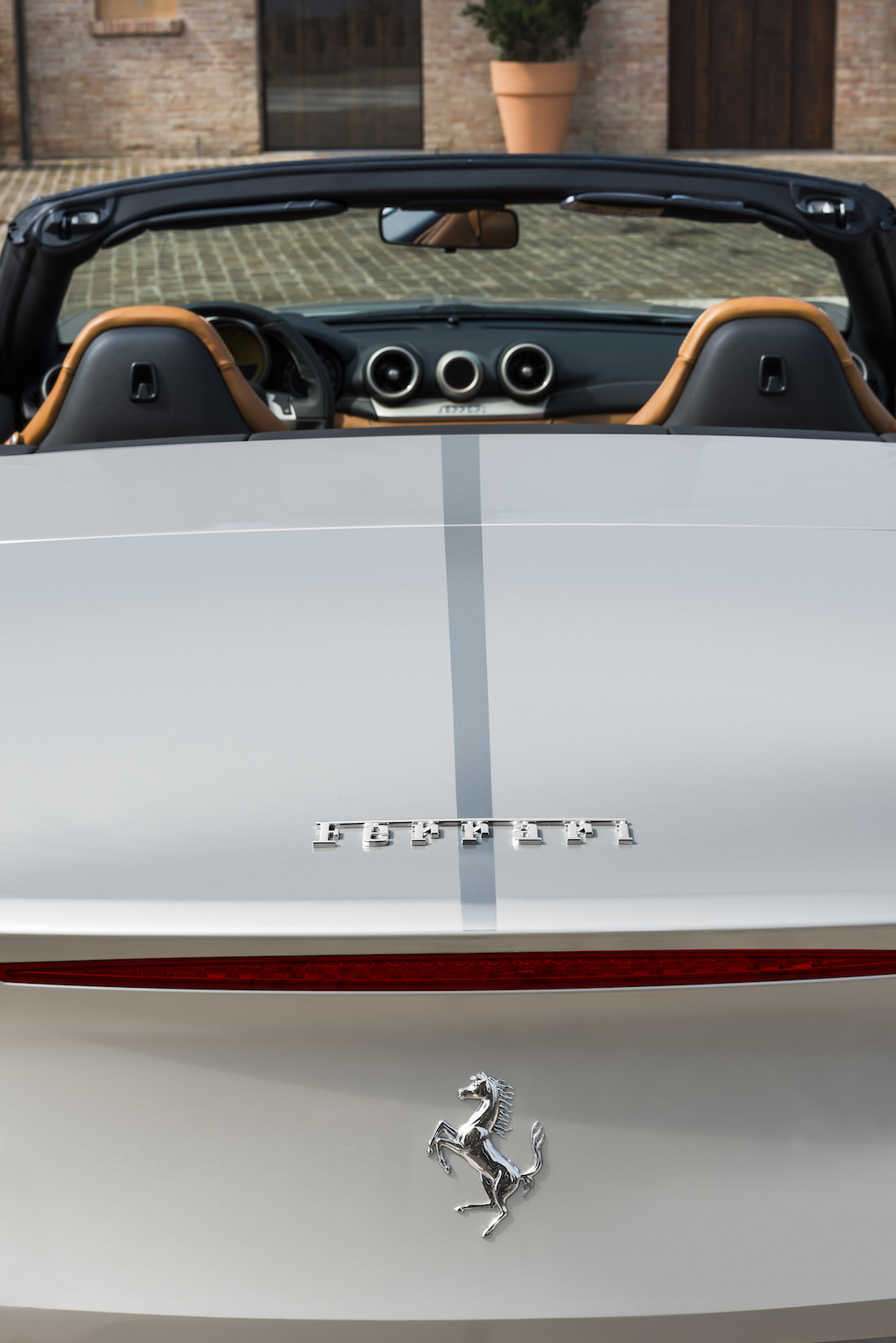 ferrari-california-t-tailor-made-shangai-6