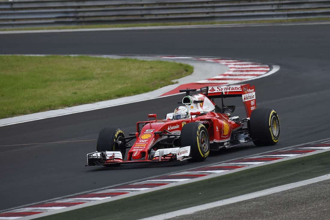 grand prix de hongrie vettel 4e sur le hungaroring modenacars fr. Black Bedroom Furniture Sets. Home Design Ideas