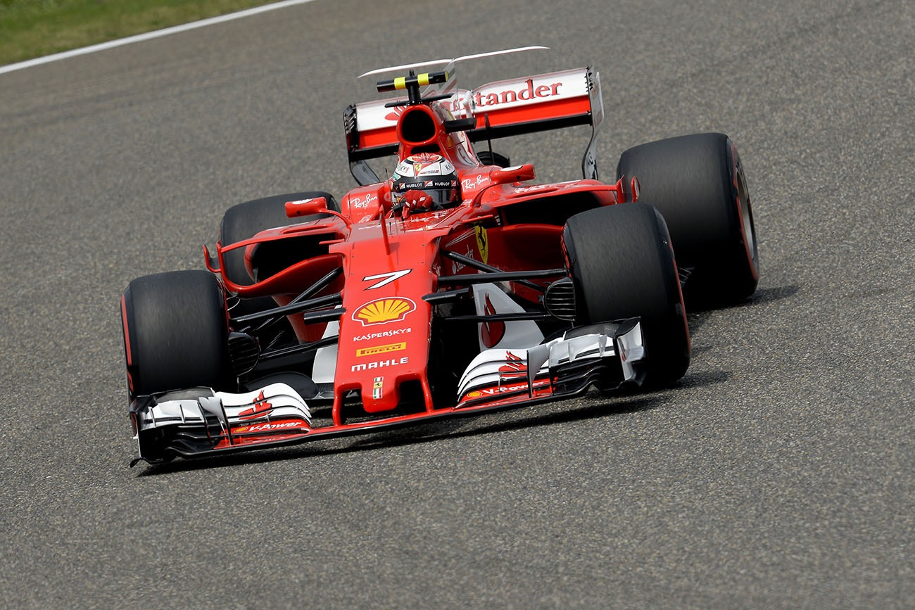 ferrari et vettel sur la seconde marche en chine modenacars fr. Black Bedroom Furniture Sets. Home Design Ideas