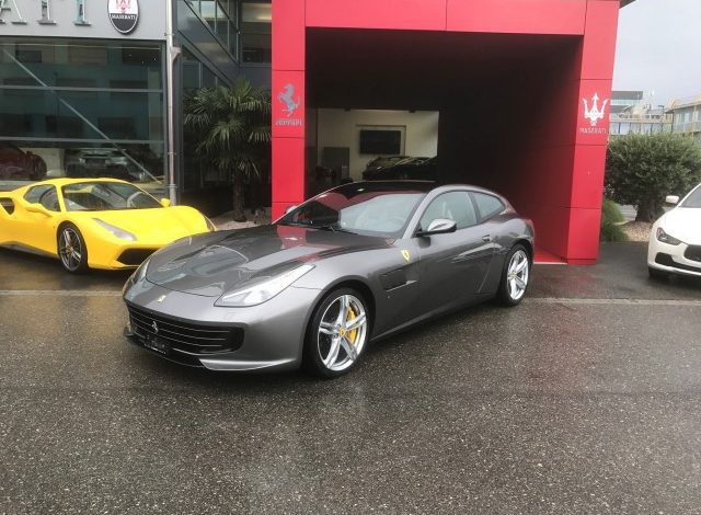 la voiture de la semaine ferrari gtc4 lusso. Black Bedroom Furniture Sets. Home Design Ideas