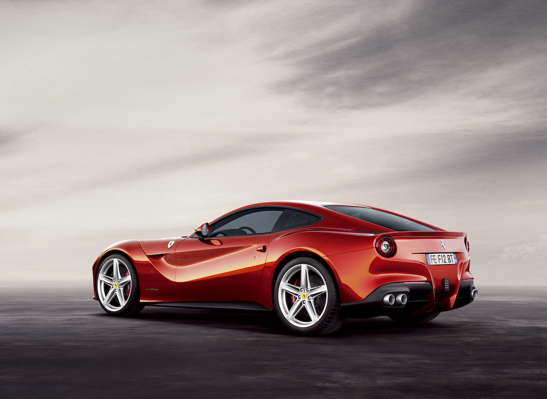 ferrari-f12-berlinetta-prix-awards-2