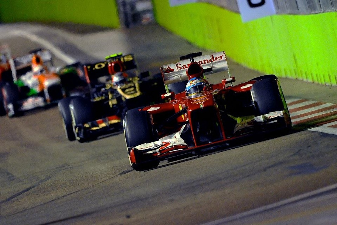 gp de singapour ferrari 2 me place pour alonso et 6 me pour massa modenacars fr. Black Bedroom Furniture Sets. Home Design Ideas