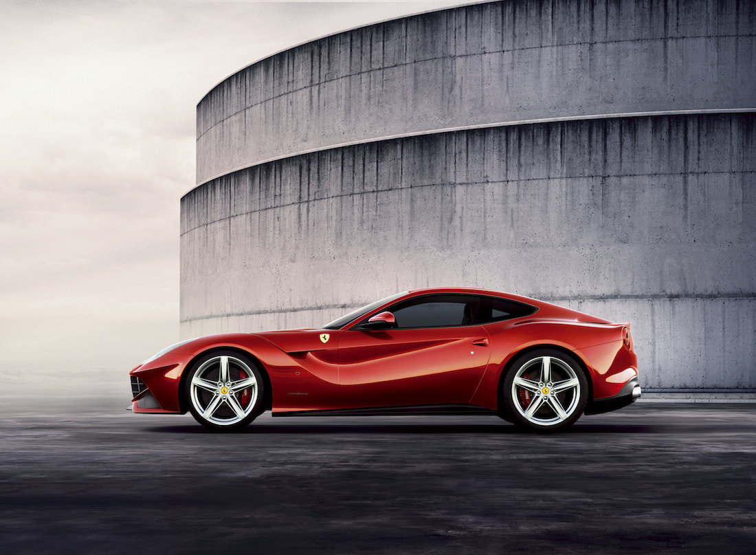 ferrari-f12-berlinetta-prix-awards-3