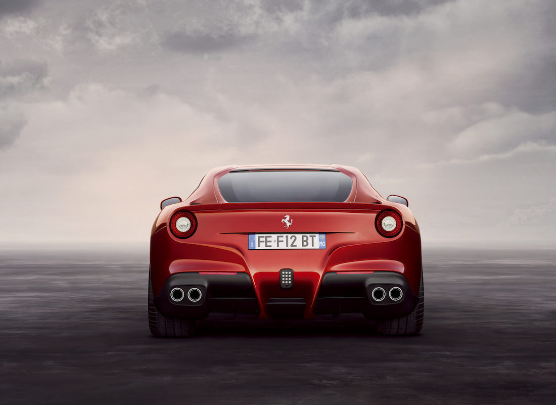 ferrari-f12-berlinetta-prix-awards-5