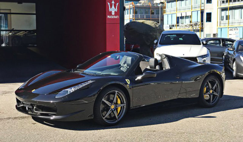 la voiture de la semaine la ferrari 458 spider italia 4 5 v8 modenacars fr. Black Bedroom Furniture Sets. Home Design Ideas